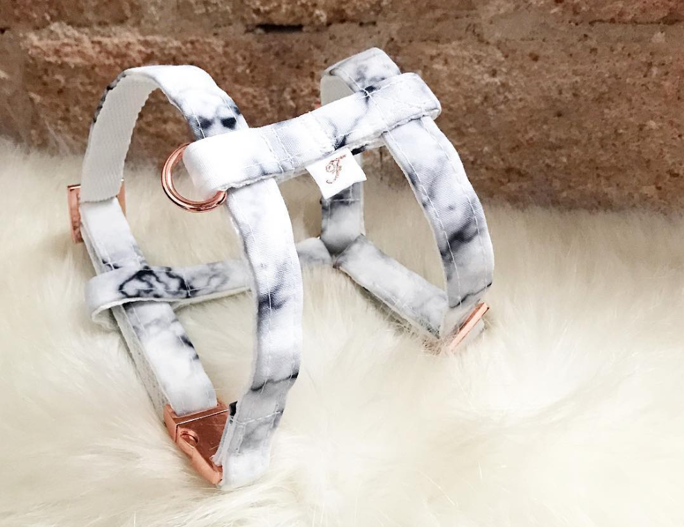Marbled harness by Frenchich Love