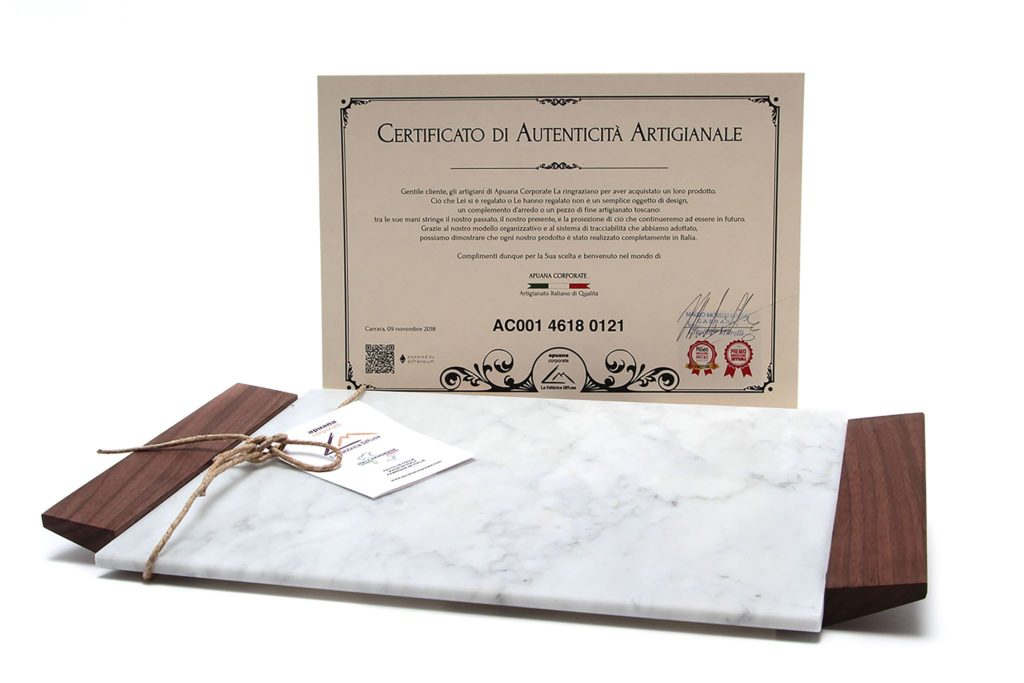 Carrara marble tray by Apuana Corporate