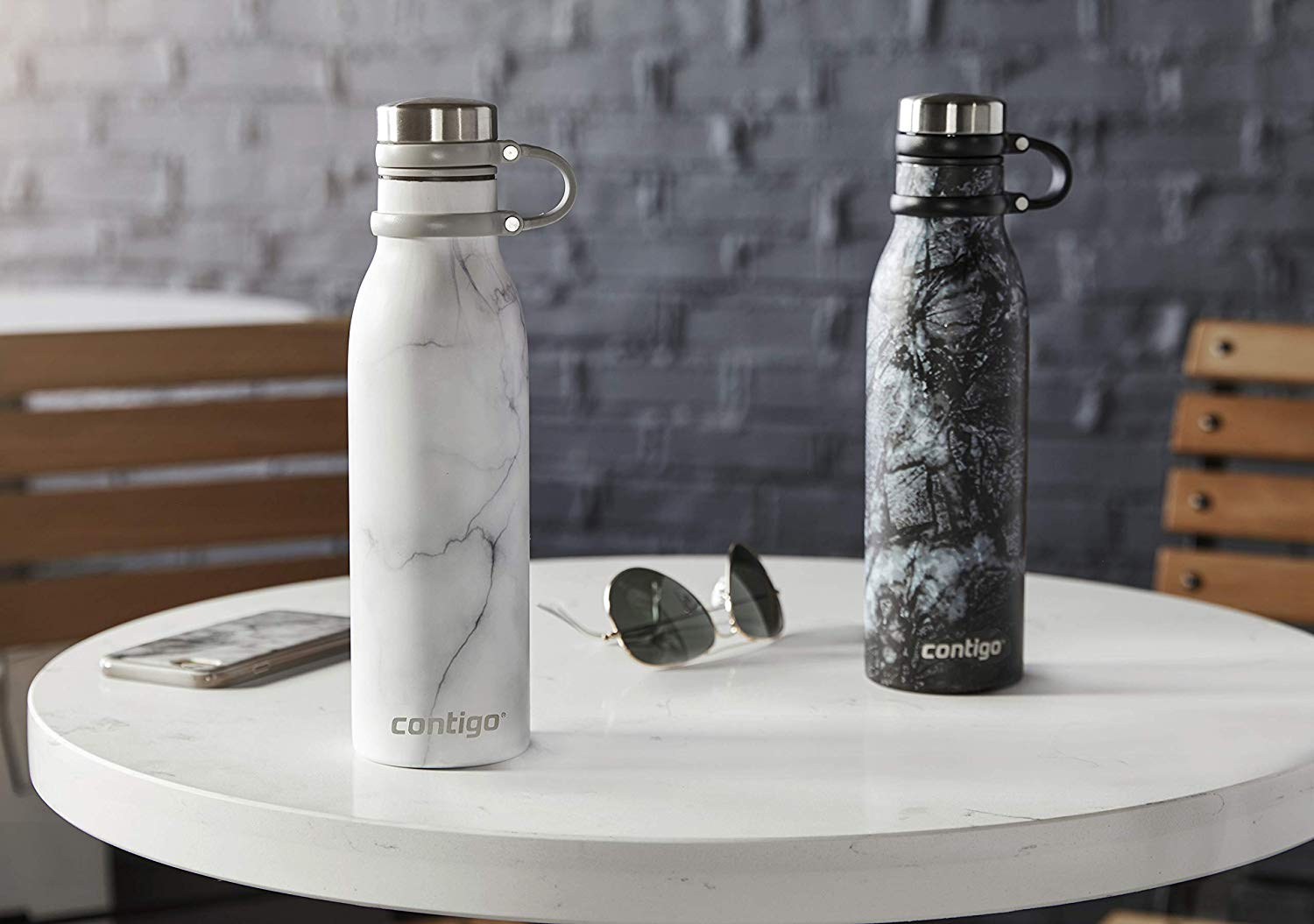 White marble Thermalockwater bottle by Contigo