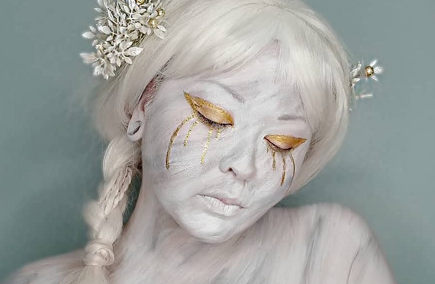 Marble make up by Tory Michelle (source: @torimichellemua instagram)