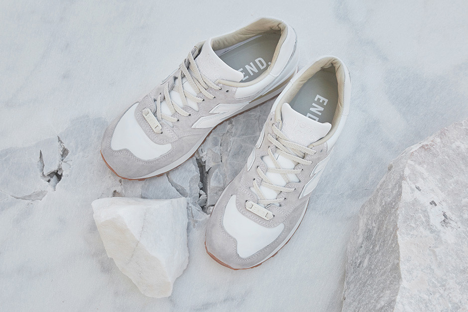 "New Balance + END. ""Marble White"" M575END inspired to Carrara marble"
