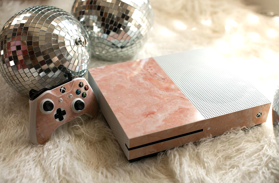 Coral marble xbox skin by Skinit (Source @skinit Instagram)
