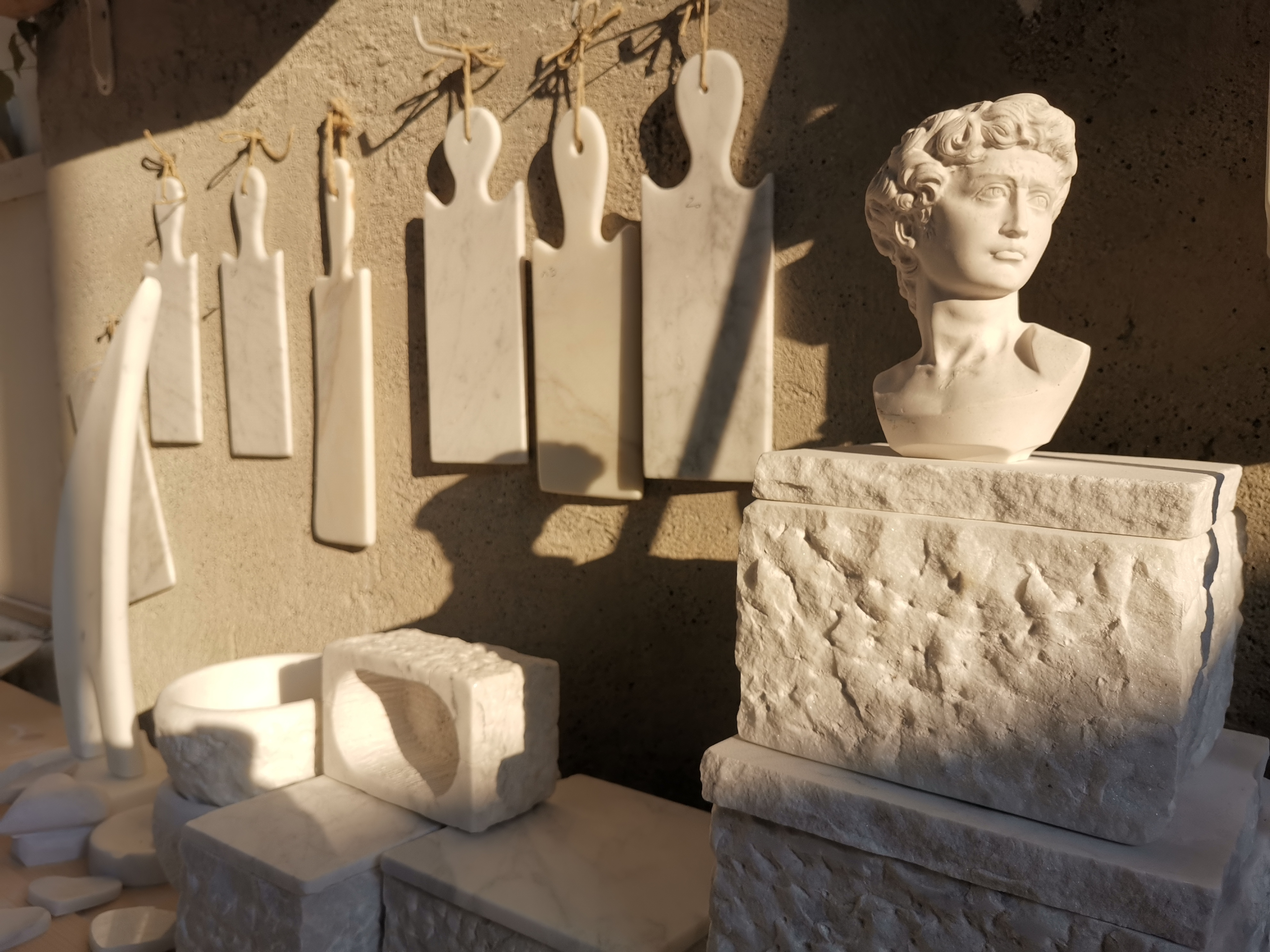 Laboratorio Menconi - sculpture and handicraft made in Carrara