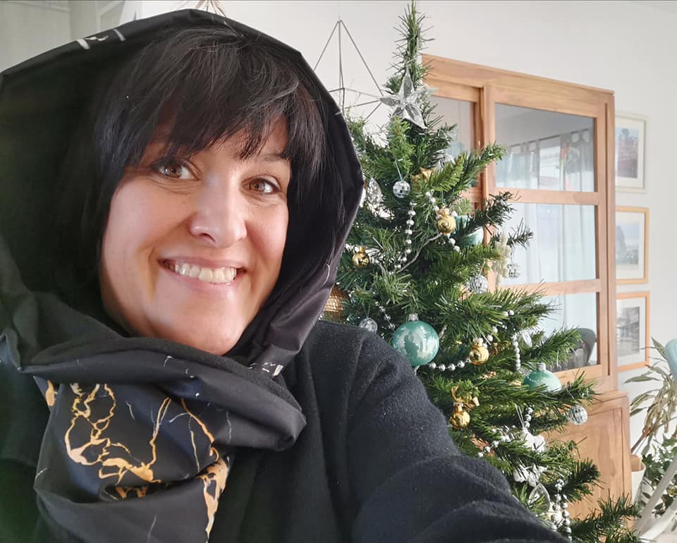 Portoro marble HUG waterproof hood and neck warmer